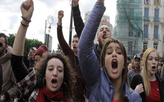 Algérie : une jeunesse qui dit non