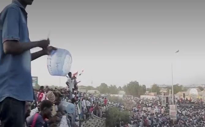 Soudan : transfert des pouvoirs et luttes d'influence