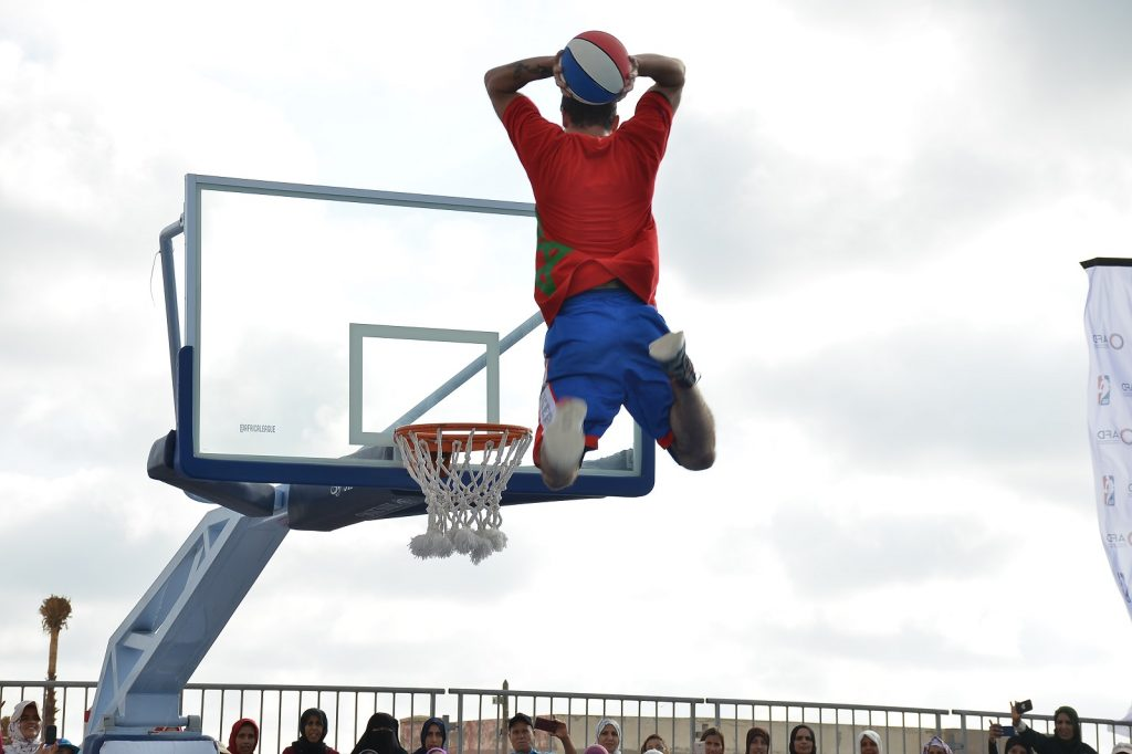 Demonstration during the inauguration of a new basketball court in Zenata, Morocco (June 2019) © AFD