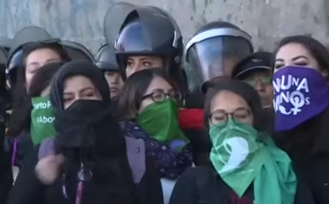 Au Mexique, #Niunamenos : pas un féminicide de plus
