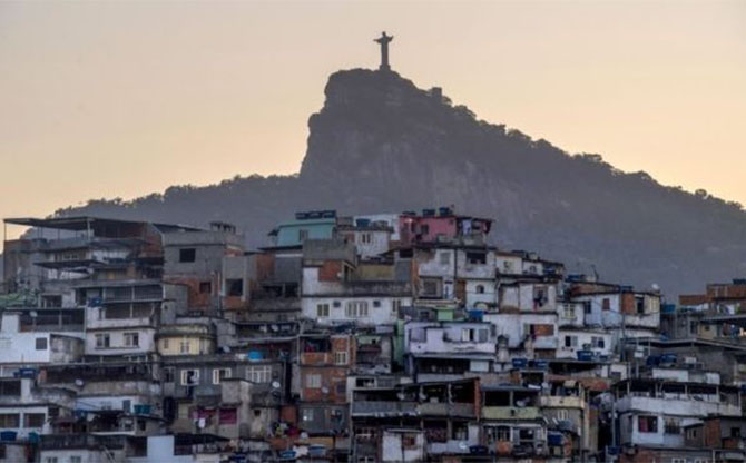 COVID-19 in Brazil: a poisoned gift from the 1%