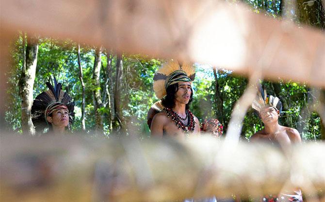 Peuples autochtones du monde en danger