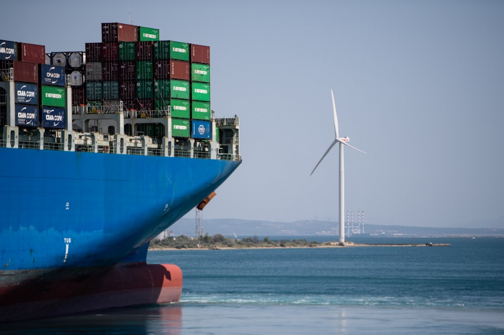 The Cosco Shipping Cargo container in the port of Fos-Sur-Mer in Marseille, France. © CLEMENT MAHOUDEAU / AFP