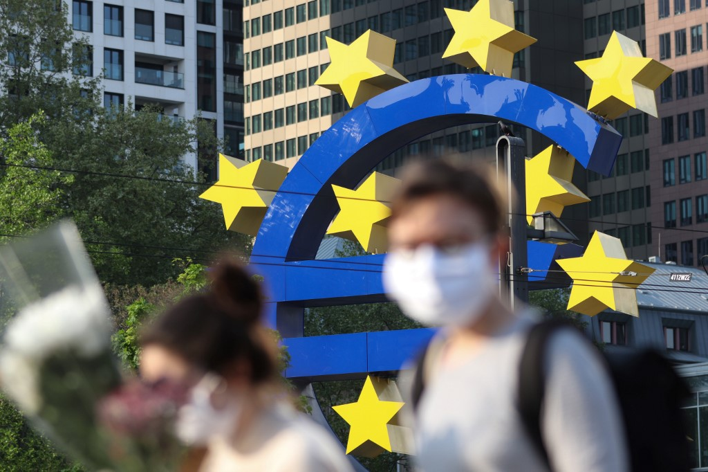 In front of the headquarters of the European Central Bank, in Frankfurt (Germany), April 24, 2020. (Photo by Yann Schreiber / AFP)